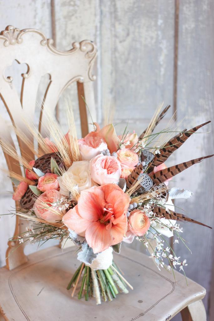 Frontier Flowers of Fontana designs beautiful weddings in Lake Geneva, Wisconsin