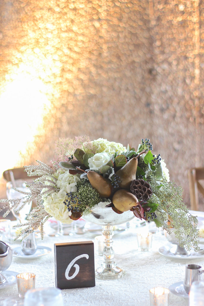 Frontier Flowers of Fontana designs beautiful weddings at the Grand Geneva Chalet in Lake Geneva, Wisconsin