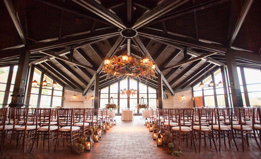 Frontier Flowers Of Fontana Designs Lovely Weddings At The Grand Geneva Chalet In Lake