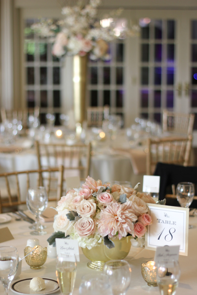 Frontier Flowers of Fontana designs elegant weddings at Big Foot Country Club in Fontana, Wisconsin